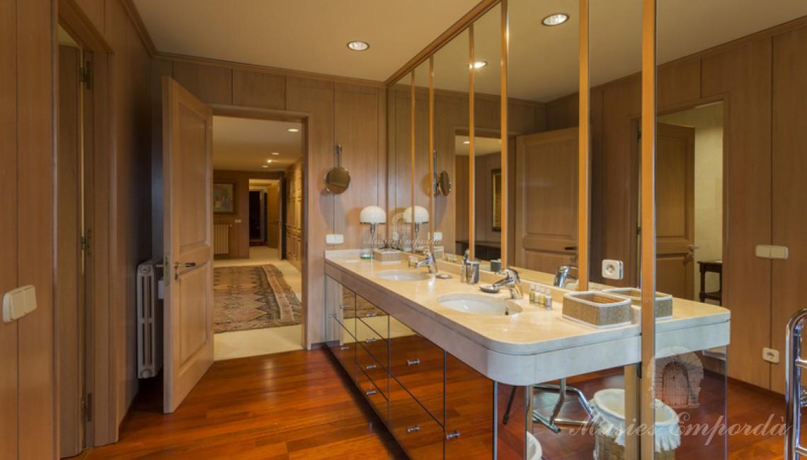 Baño de la suite principal