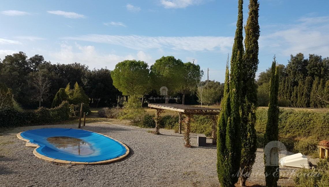 vistas de la zona de piscina