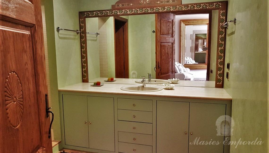 Unos de los baños de las habitaciones