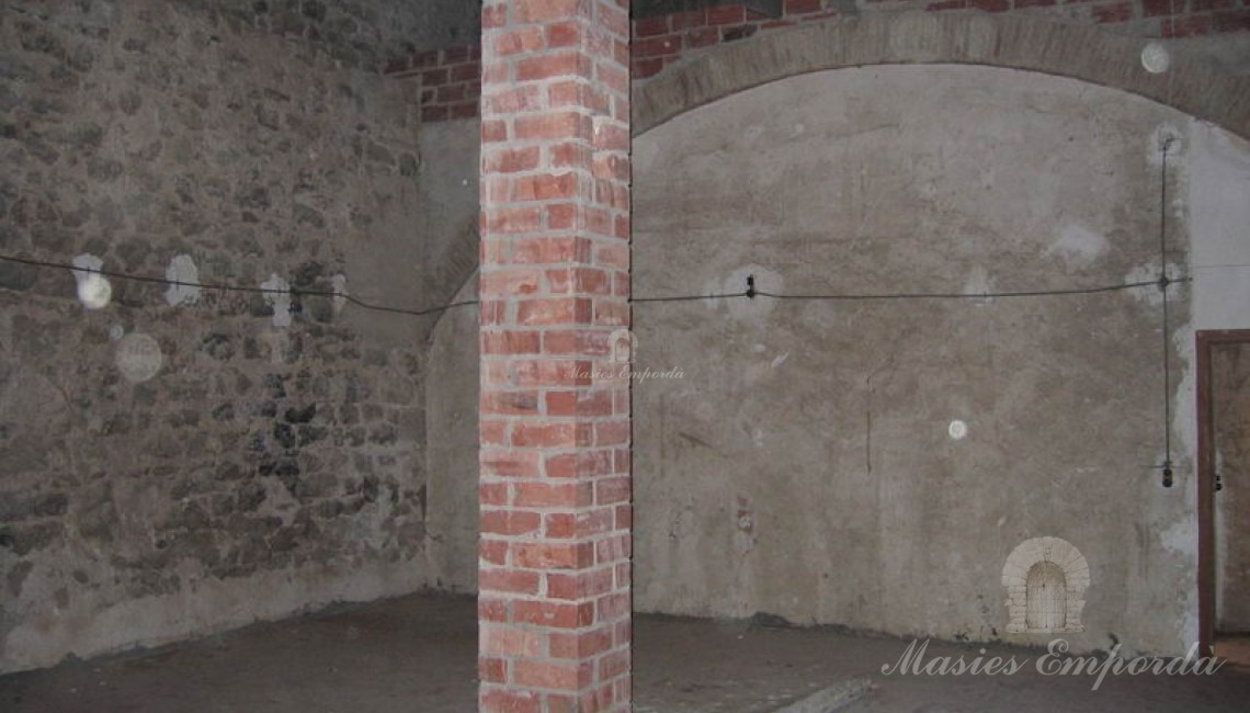 Salón de la segunda planta a doble altura