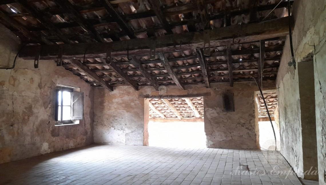 Segona planta de la masia