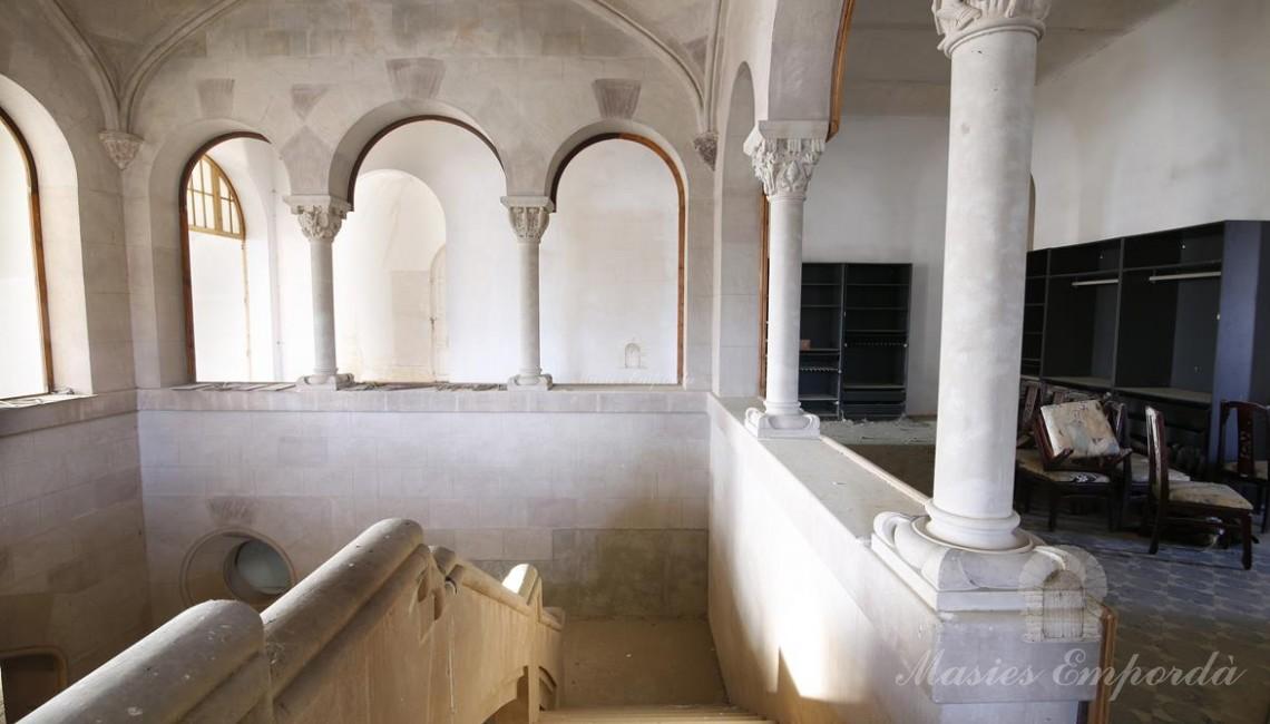 Interior de l'castell