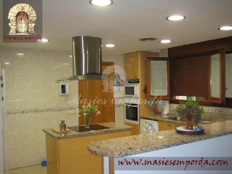 Cocina office y comedor