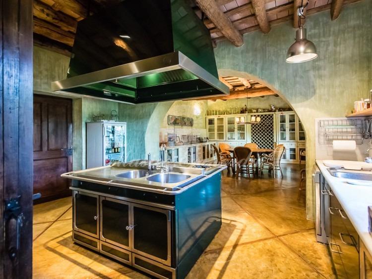 Cocina y comedor de diario de la casa